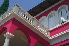 розовая вилла стоковое фото rf