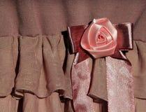 Розовая лента подняла Стоковые Фото