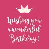 Розовая поздравительая открытка ко дню рождения с днем рождений с кроной принцессы Стоковая Фотография RF