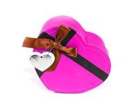 Розовая Сердц-форменная коробка Стоковое Изображение