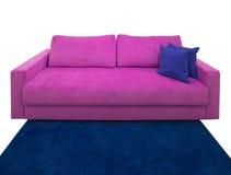 Розовая софа с подушками Стоковое Фото