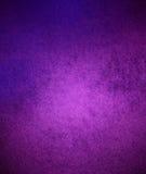Розовая фиолетовая предпосылка, грязная ретро стена Стоковые Фотографии RF