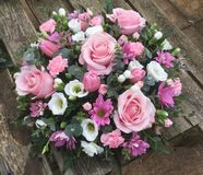Розовое и белое posie стоковая фотография rf