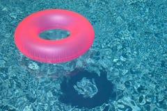 Розовое кольцо бассейна Стоковое Изображение RF