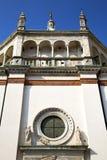 розовое окно Италия Ломбардия в arsizio старом ch busto Стоковые Фото