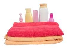 розовое полотенце toiletries Стоковая Фотография RF
