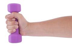 Розовые гантели в руке (путь клиппирования) Стоковое фото RF