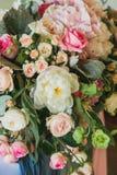 Розовые и белые розы Стоковое Фото
