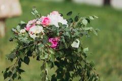 Розовые и белые розы Стоковое Изображение RF