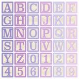 Розовые и фиолетовые блоки алфавита иллюстрация штока
