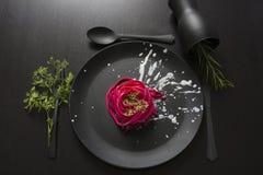 Розовые спагетти, черное урегулирование места Стоковые Изображения RF