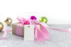 Розовые giftbox и карта стоковое фото rf