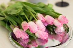 Розовый букет лож тюльпанов Стоковые Фотографии RF