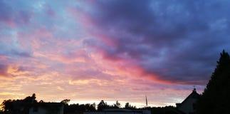 розовый заход солнца стоковое изображение