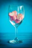 Розовый зефир формы сердца для темы влюбленности и backgr валентинки Стоковые Изображения RF