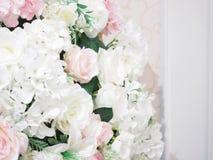 Розовый и белый цвет от искусственных цветков от Таиланда Стоковые Изображения RF