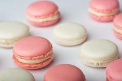 Розовый и белый macaroon Стоковые Фото