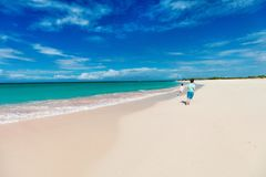 Розовый пляж песка Стоковое Изображение