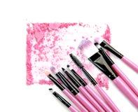 Розовый порошок и краснеет комплект на белой предпосылке Стоковое Фото