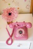 розовый телефон Стоковое фото RF