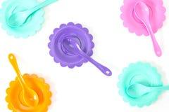 Розовый, фиолетовый, аквамарин, плиты цвета установите изолированный на белизне Стоковая Фотография RF