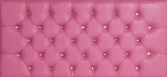 Розовым роскошным кожаным предпосылка обитая диамантом Стоковые Фото
