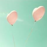 2 розовых в форме Сердц воздушного шара Стоковая Фотография
