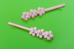 2 розовых barrettes стоковое фото rf