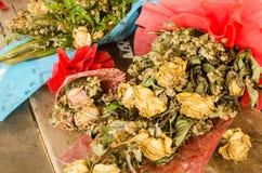 розы высушенные букетом стоковое фото rf