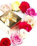 розы подарка золотистые multicolor белые Стоковое Изображение