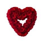 Розы покрашенные красным цветом деревянные в форме сердц стоковые фотографии rf
