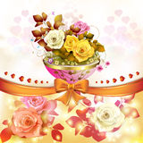 Розы с померанцовым смычком Стоковая Фотография RF