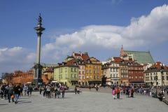Рокируйте квадрат с столбцом ` s Zygmunt в городке Варшавы старом стоковое фото rf