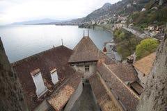 Рокируйте на Швейцарии и чудесном озере, назначении перемещения на озере Geneve, старом историческом ориентир ориентире medival Стоковые Изображения RF