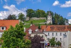 Рокируйте холм в Bruck Mur der, Австрия стоковая фотография rf