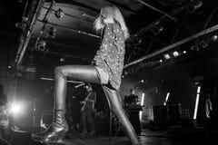 Рок-группа убийств выполняет в концерте на клубе Razzmatazz Стоковые Фото