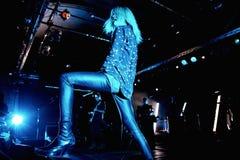 Рок-группа убийств выполняет в концерте на клубе Razzmatazz Стоковое фото RF