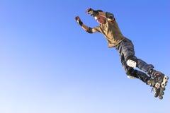 ролик активного мальчика скача Стоковое Фото