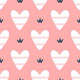Романтичная безшовная картина с милыми striped сердцами и кронами Нарисовано вручную иллюстрация штока