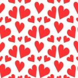 Романтичная безшовная картина с повторять красные сердца на белой предпосылке иллюстрация штока