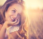 Романтичная девушка внешняя Стоковое Изображение RF