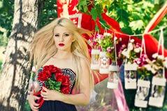 Романтичная девушка Стоковые Фотографии RF