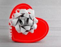 романтичное сердца подарка красное Стоковая Фотография RF