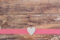 Романтичное украшение сердца для концепции предпосылки дня валентинки Стоковое Изображение