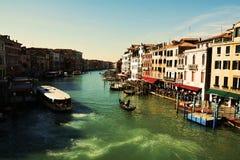 Романтичный городской пейзаж Венеции, Италии, винтажных оттенков Стоковые Фотографии RF