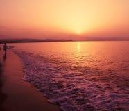 Романтичный заход солнца   стоковая фотография rf