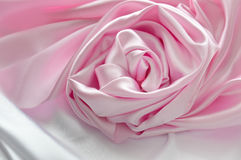 Романтичный шелк поднял Стоковое фото RF