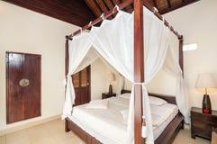 Роскошная и красивая гостиница спальни Стоковое Фото