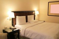 Роскошная комната кровати Стоковое фото RF