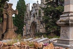 Роскошная крипта на кладбище Montjuic, Барселоне, Испании стоковое изображение
